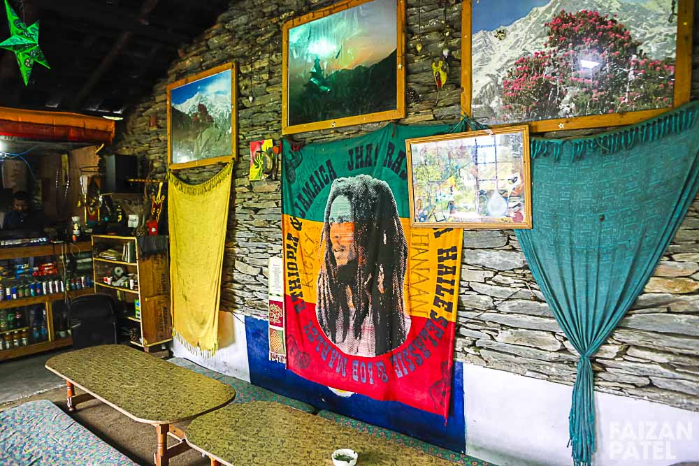 A few metres of trekking upwards takes you to Shiva Cafe.