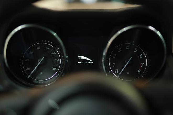 automobile-interior-13