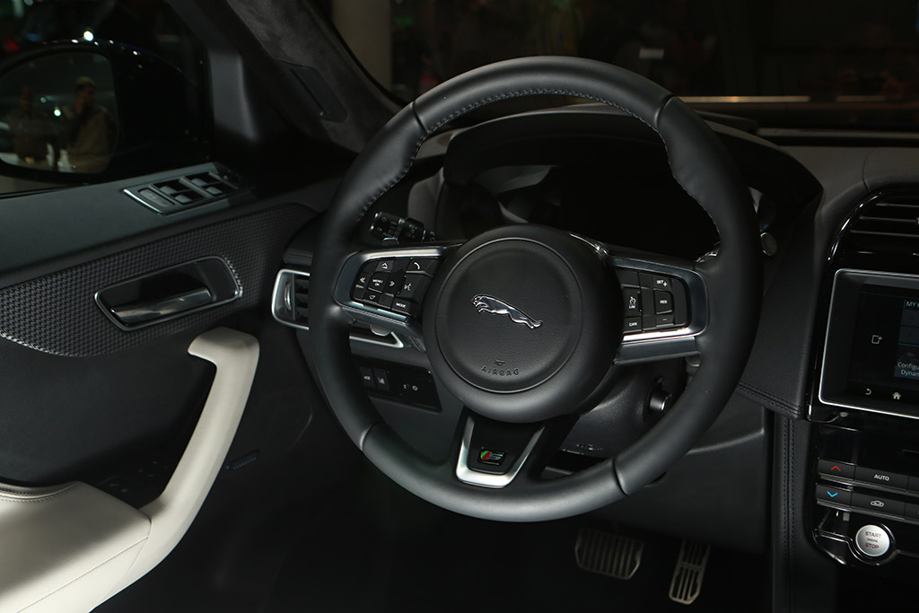 automobile-interior-2