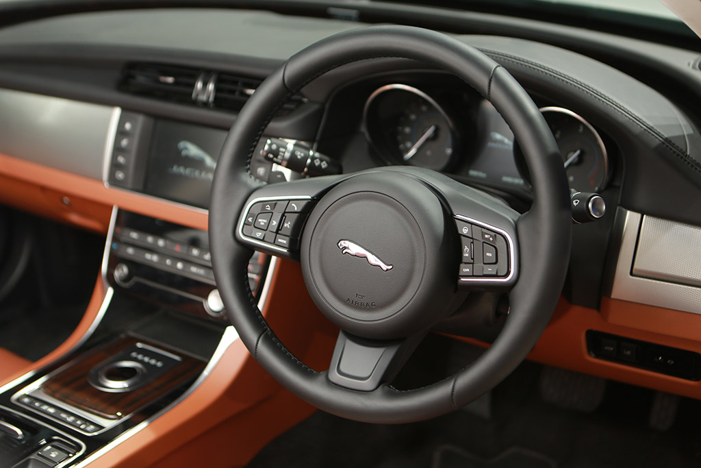 automobile-interior-3